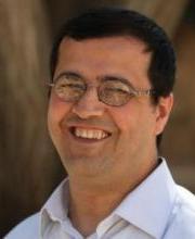 Yusri  Hazran